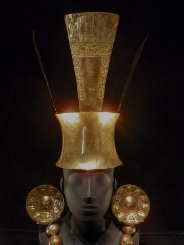 19 couronne royale pré-inca.jpeg